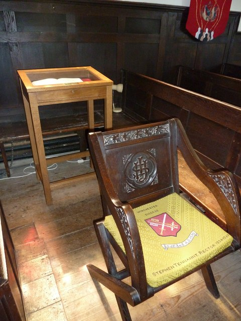 Abbotts Ann - St Mary: the incumbent's chair