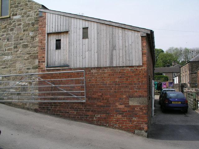 Farm building by start of Limestone Way, Matlock