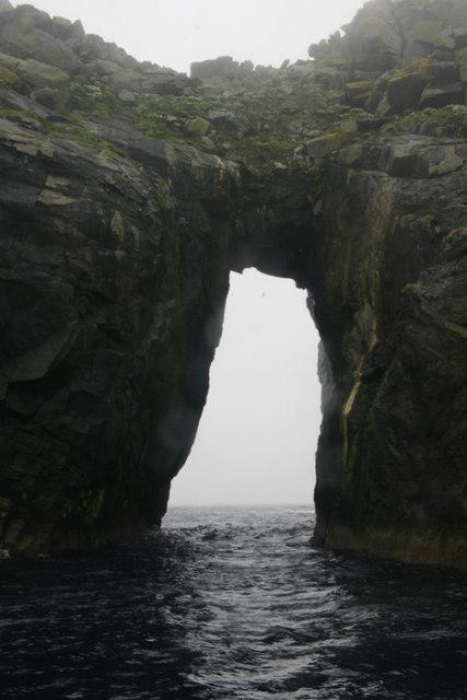 Natural arch, Dun, St Kilda