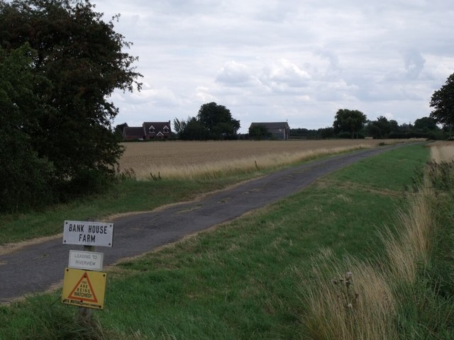 Road to Bank House Farm