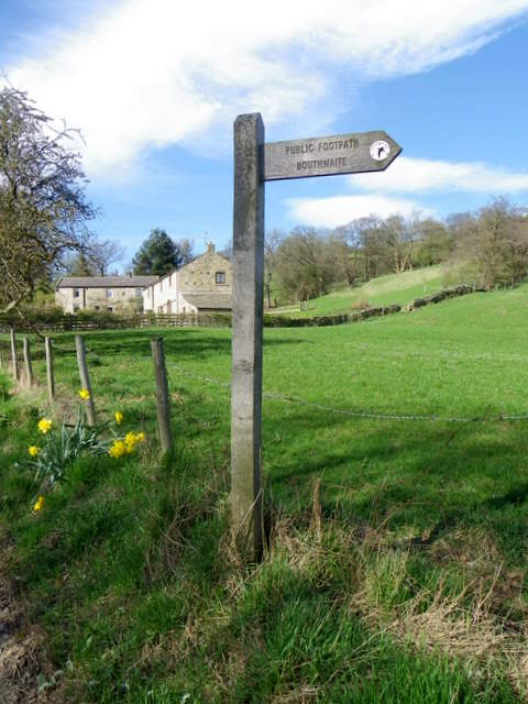 Footpath sign, Low Sikes
