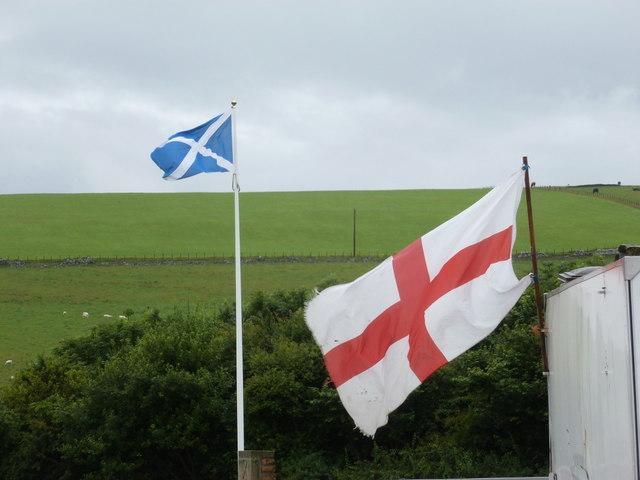Lamberton: national flags at the national boundary