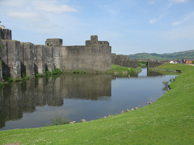 Moat and Grand Front, Caerphilly Castle