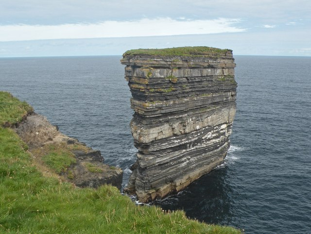 Sea stack at the tip of Downpatrick Head