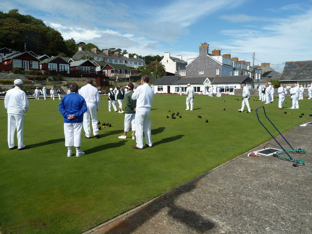 Sunday afternoon bowling, Lyme Regis