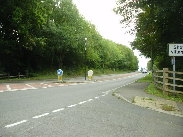 The A550 Welsh Road at the junction with Shotwick Lane