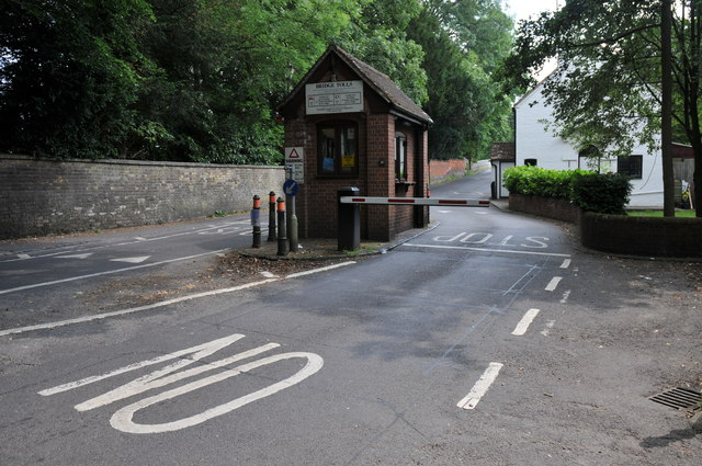 Toll booth, Whitchurch-on-Thames