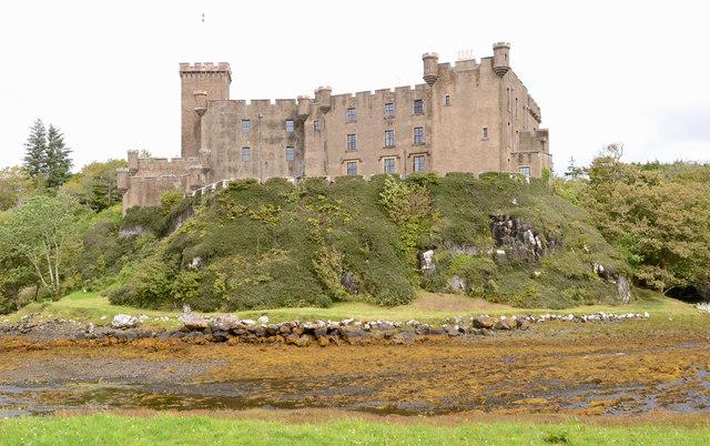 Dunvegan Castle (1)