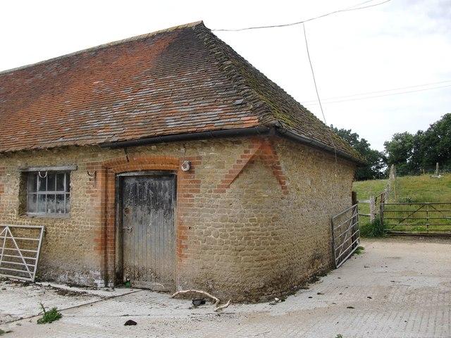 A corbelled corner at Pierrepont Farm