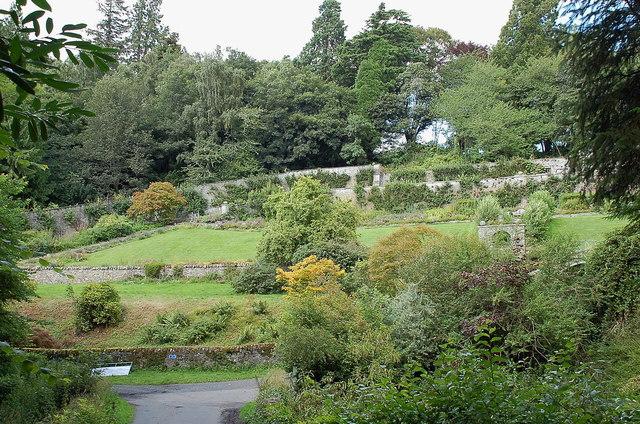 Walled garden, Yair House