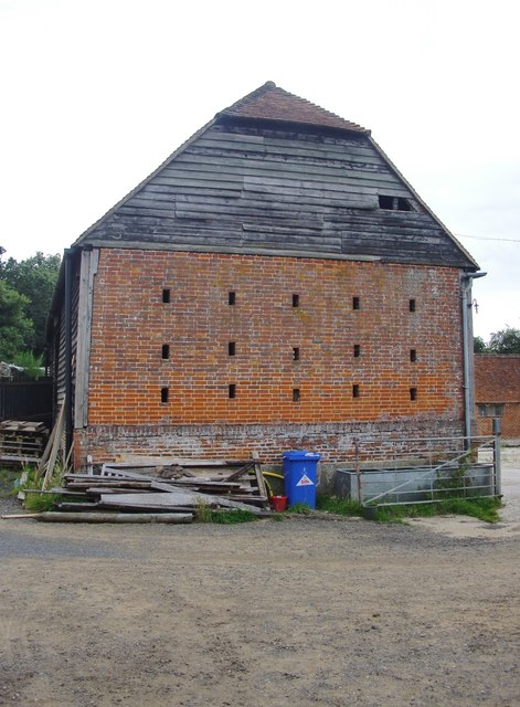 The barn at Pierrepont Farm: end elevation, showing brickwork