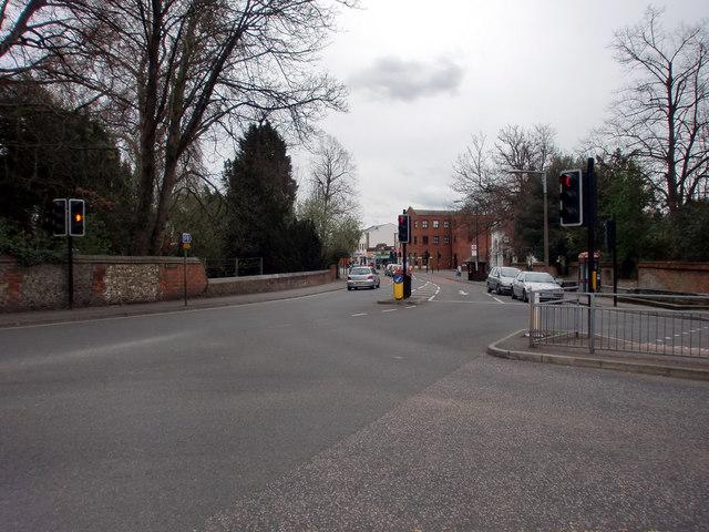 Road Junction opposite Spring Tavern, Ewell West, Surrey
