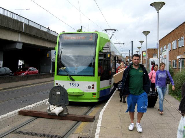 Croydon:  Short-working tram at Reeves Corner