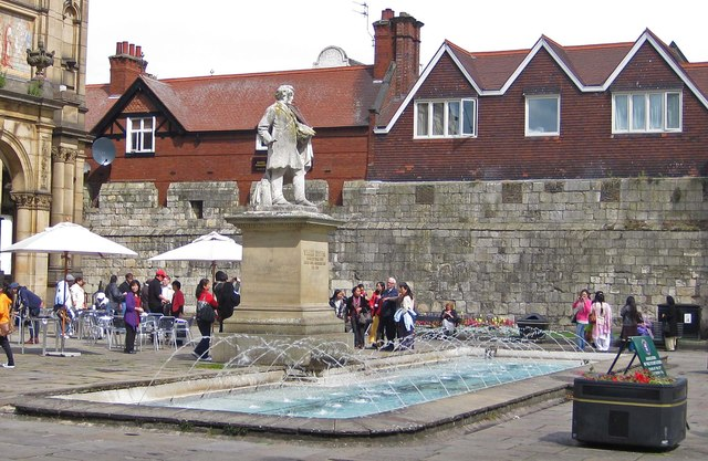 Fountain and statue in front of the City Art Gallery, York