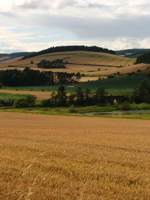 Round Hill from Cruivie