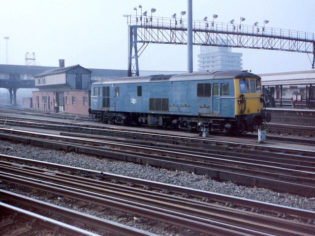 Electro-Diesel at Clapham Junction, 1985