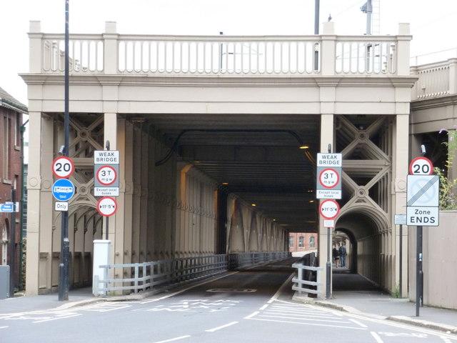 Newcastle upon Tyne: roadway over High Level Bridge