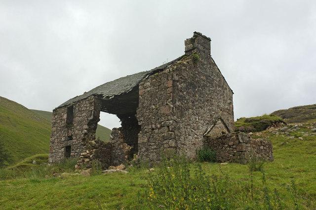 Glenlochsie Lodge decaying