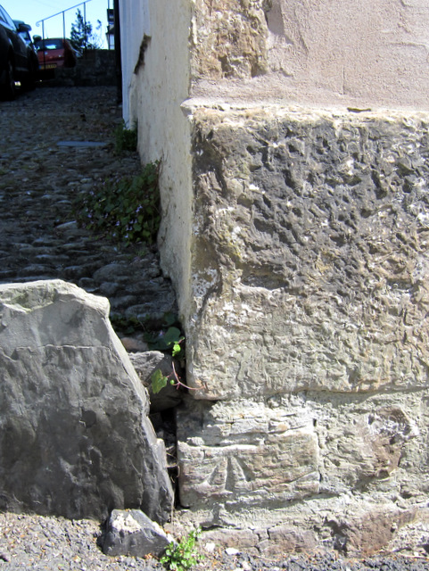 Bench mark on Mount View, Low Street
