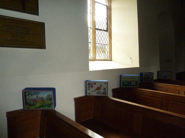 St Martin, Ellisfield: kneelers and pews
