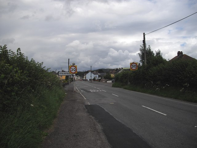 Entering Ffairfach
