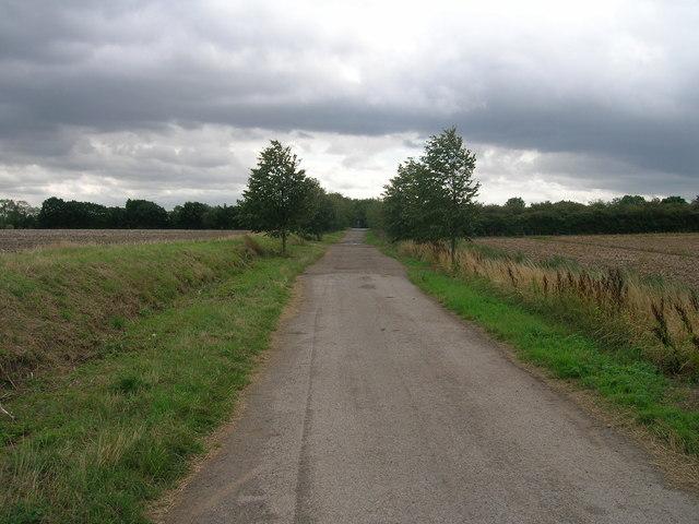 Common Lane heading south