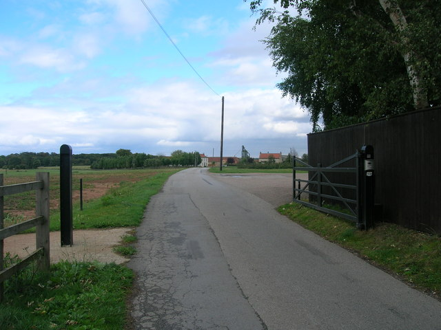 Track to Eastfield Farm
