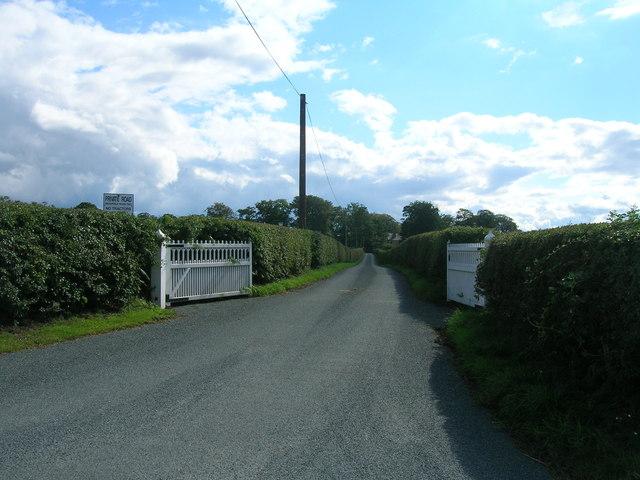 Track to Bishopfield Farm