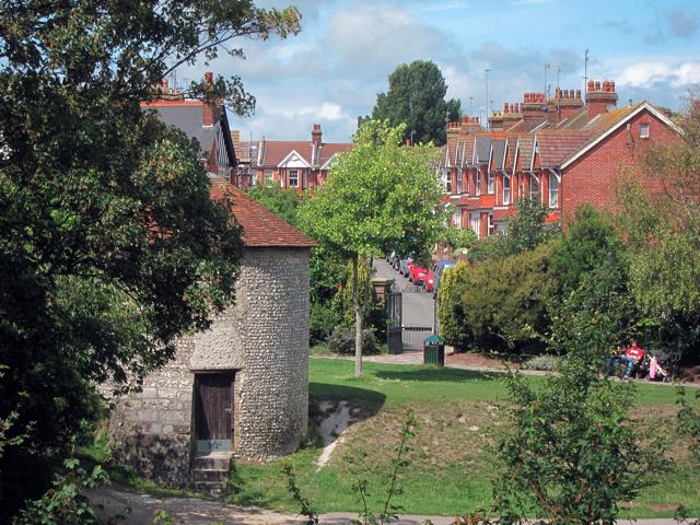 Motcombe Gardens