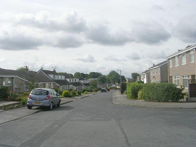 Brown Hill Drive - looking towards Bradford Road