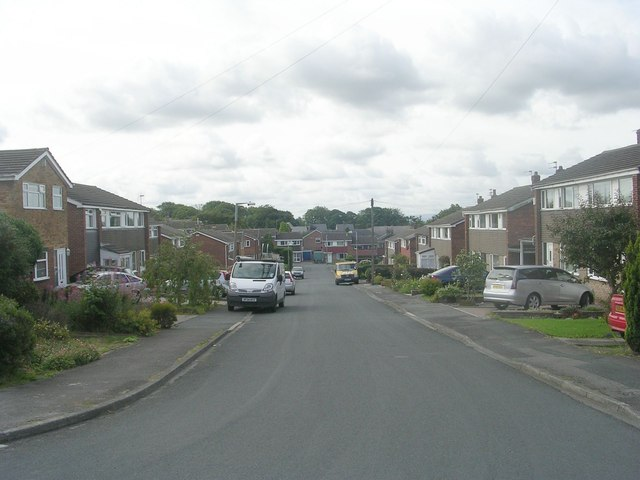 Southcroft Gate - looking towards Southcroft Avenue