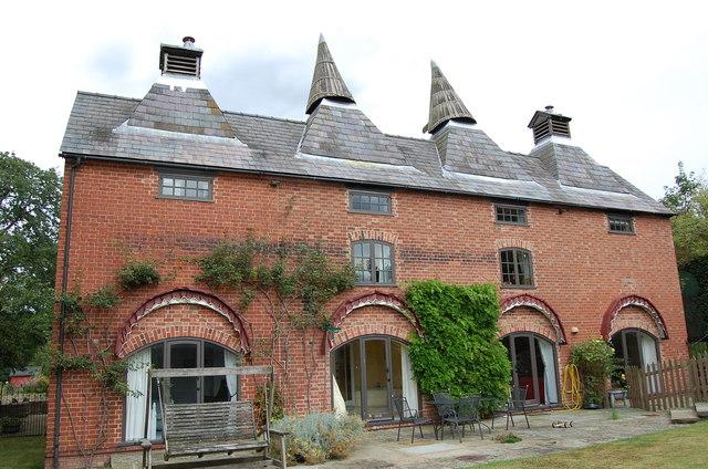 Converted Oast Houses, Perton Farm