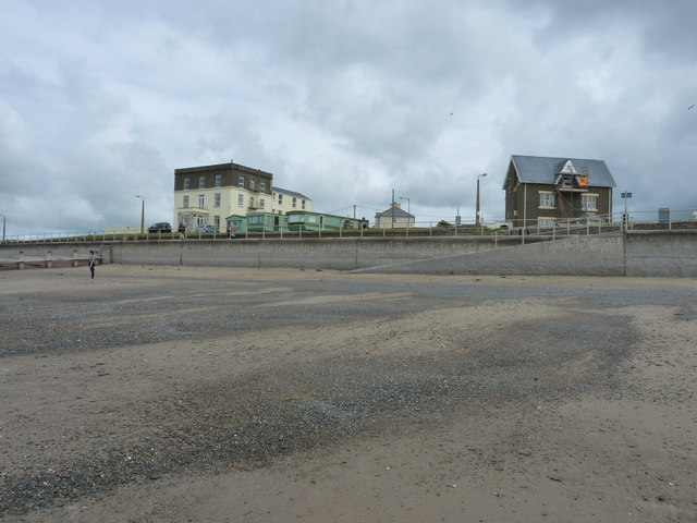 Neptune Hall and Glan-y-don house, Tywyn