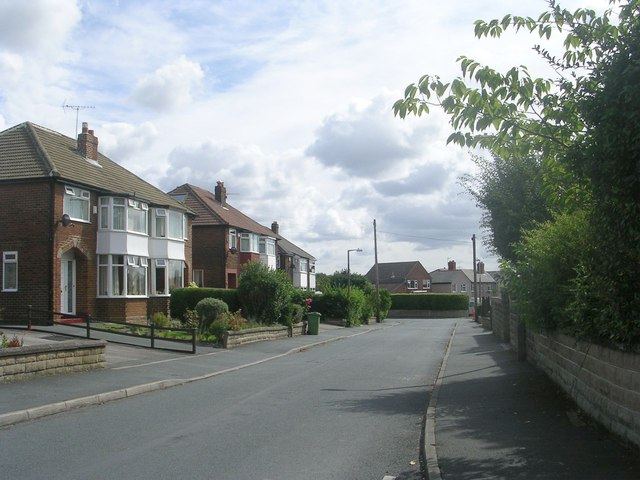 Ghyllroyd Drive - viewed from Kingsley Avenue