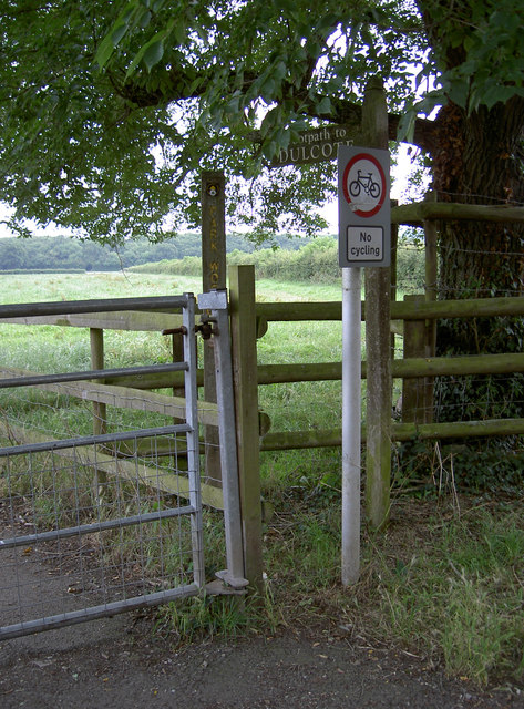 Footpath gate and sign