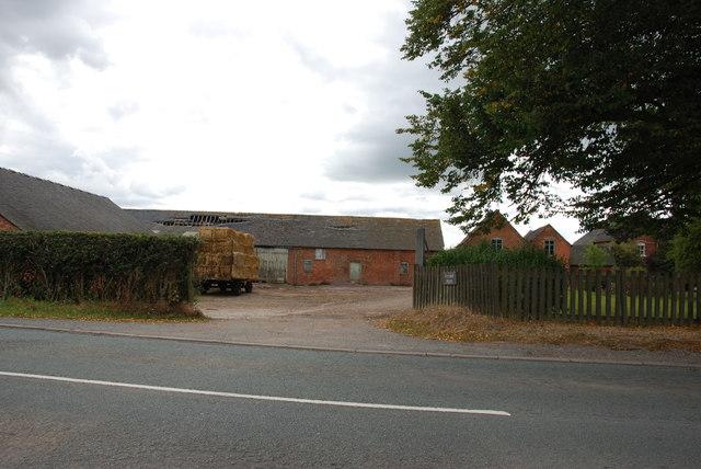 Creswell Farm on the A5013