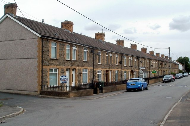 Long row of houses, Pandy Road, Bedwas