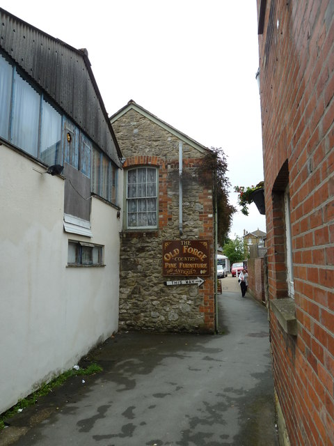 The Old Forge (just off the High Street)