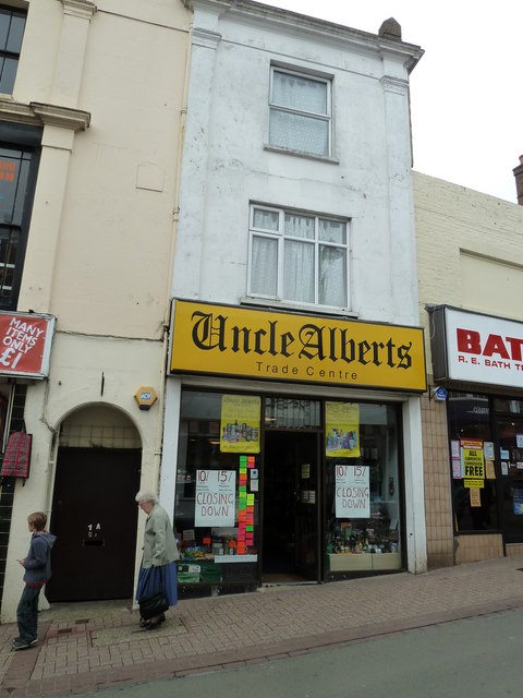 Ryde High Street- Uncle Alberts
