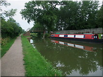SP7288 : Footbridge over the Grand union Canal, Market Harborough Branch by Tim Heaton