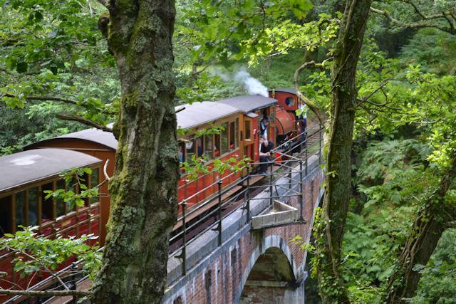 Talyllyn train on Dolgoch viaduct