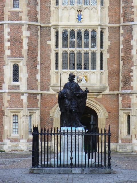 Statue in Eton College Quadrangle