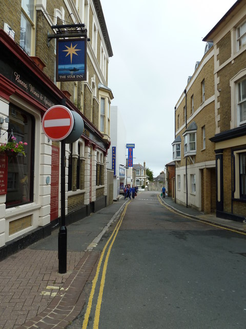 Looking from High Street into Star Street