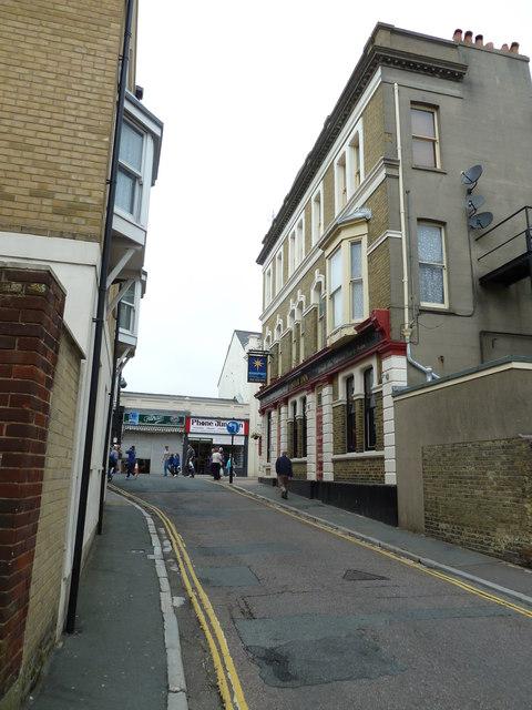 Looking along Star Street towards the High Street