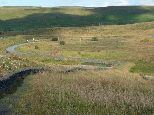 Footpath around the Dry Rigg Quarry site