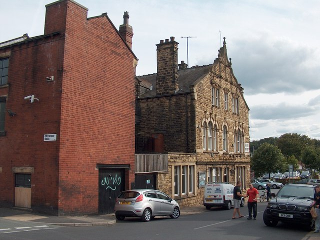 """Greenhow Road, Leeds with """"The Cardigan Arms"""" on the corner"""