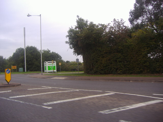 The A6 at the junction of Enterprise Way, Luton