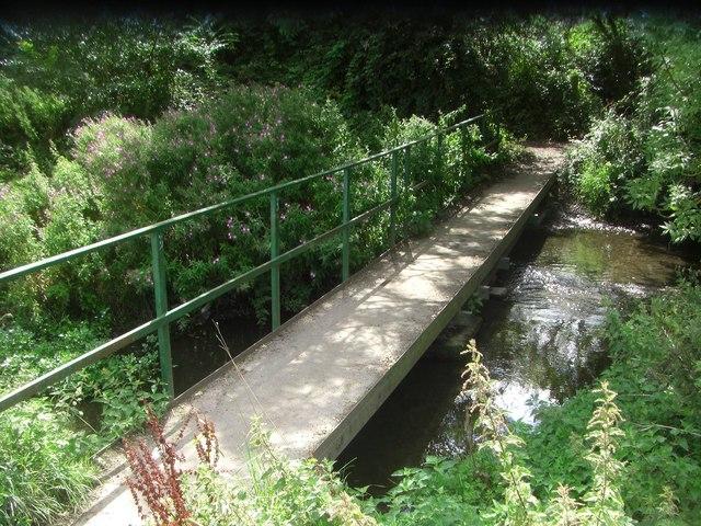 Footbridge over Coldham's Brook