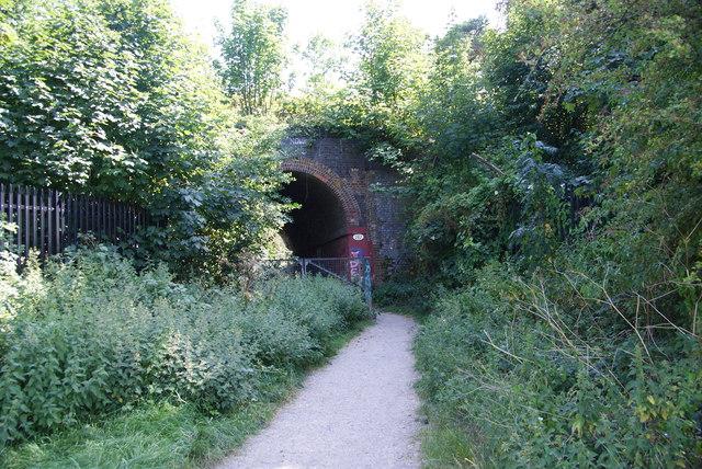 Footpath to Bramley Road, Cheam