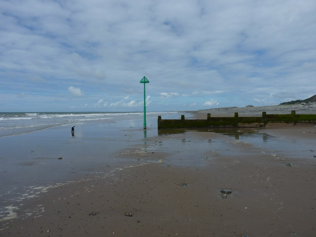 The last of the groynes just north of Tywyn